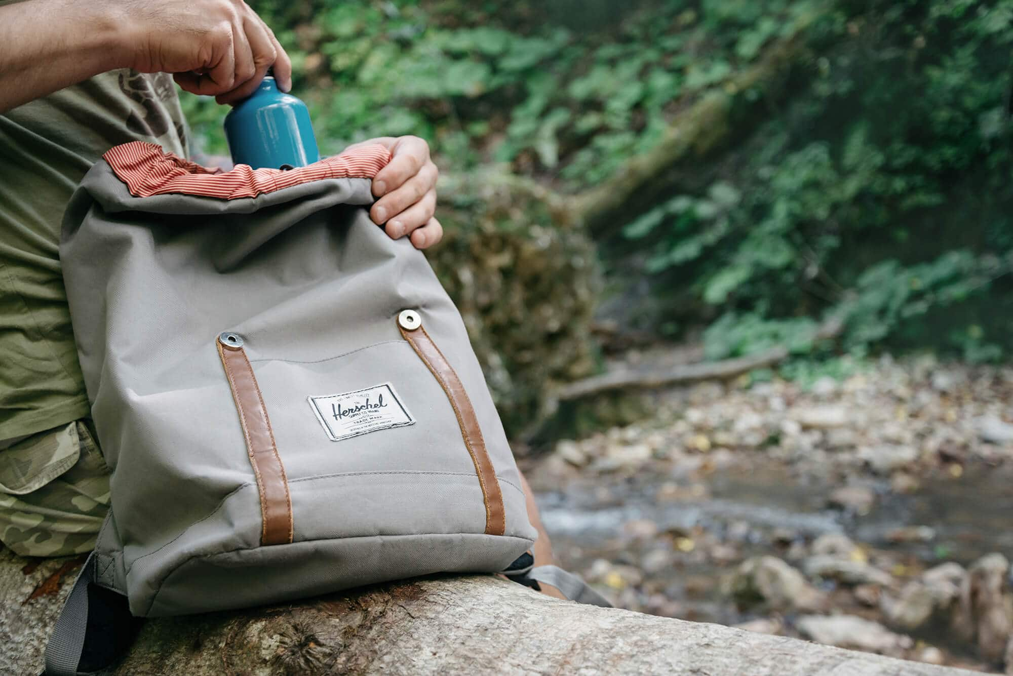 Herschel backpack hiking camping dirtyness needs cleaning