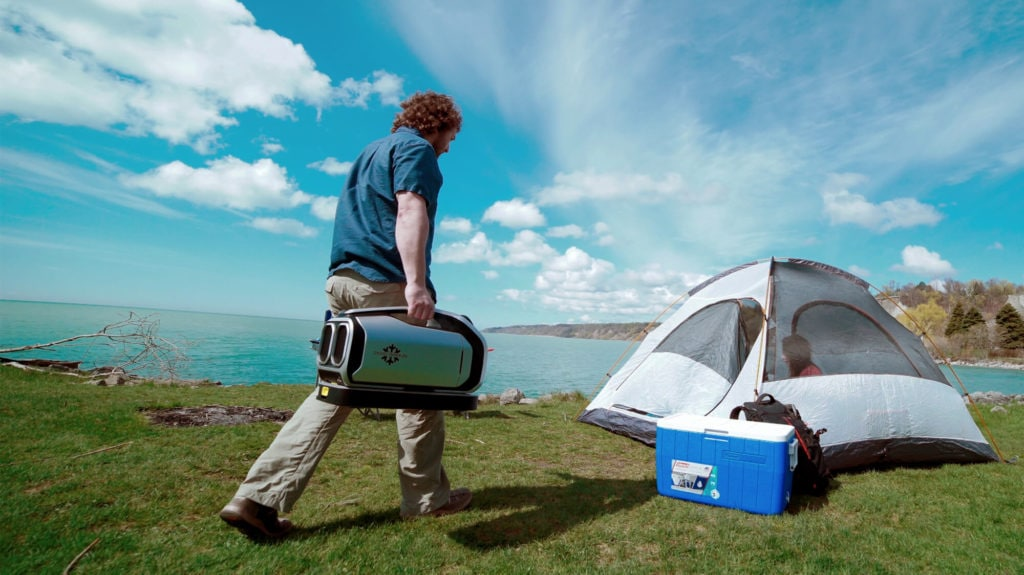 Portable air conditioner for camping in a Tent with AC port
