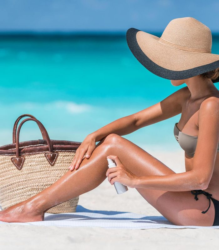 Best beach tote bags for moms and the whole family featured